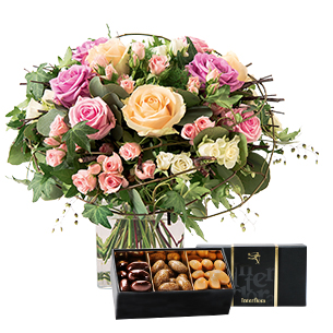 Fleurs et cadeaux Charme et son écrin d'amandes au chocolat Naissance