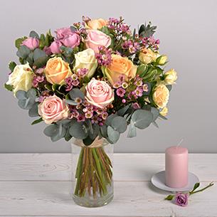 Bouquet de roses Délicatesse Mariage invité