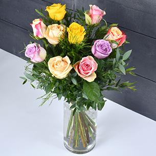 Bouquet de roses Rainbow Mariage invité