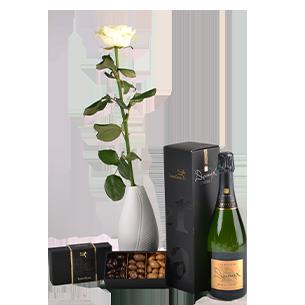 Bouquet de roses Trio festif Saint-Valentin