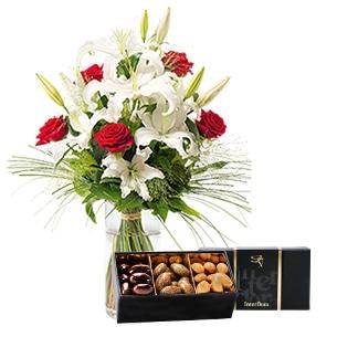 Bouquet de fleurs Orphée et son écrin d'amandes au chocolat Amour