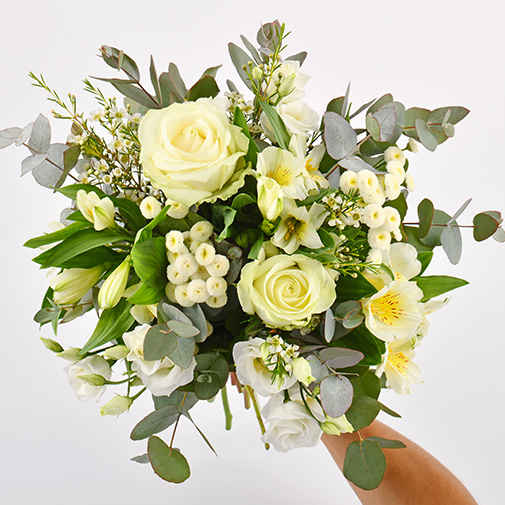 Bouquet de fleurs Paradis blanc et ses amandes au chocolat