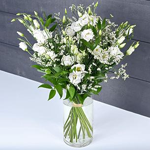 Bouquet de fleurs Plumetis Mariage invité