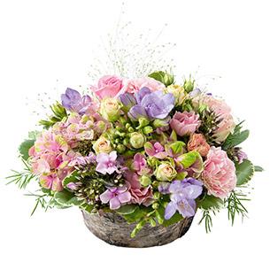 Composition florale Santorin Mariage invité