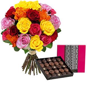 Fleurs et cadeaux Brassée de 20 roses et son écrin géant FAUCHON Anniversaire