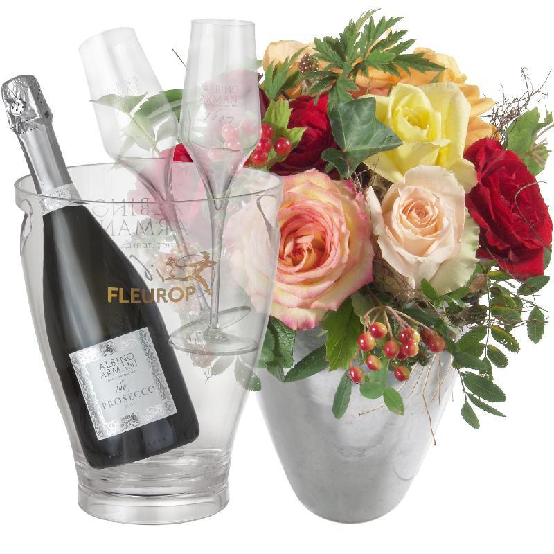 Bouquet de fleurs Magic of Roses with Prosecco Albino Armani DOC (75 cl) incl.