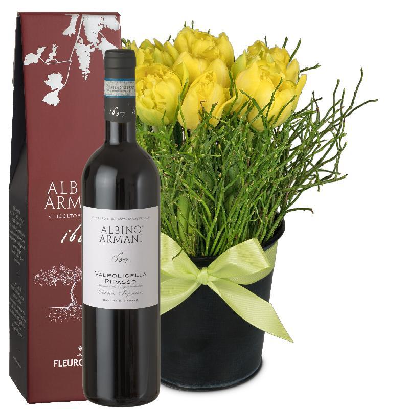 Bouquet de fleurs Spring-Hit (arrangement) with Ripasso Albino Armani DOC (75c