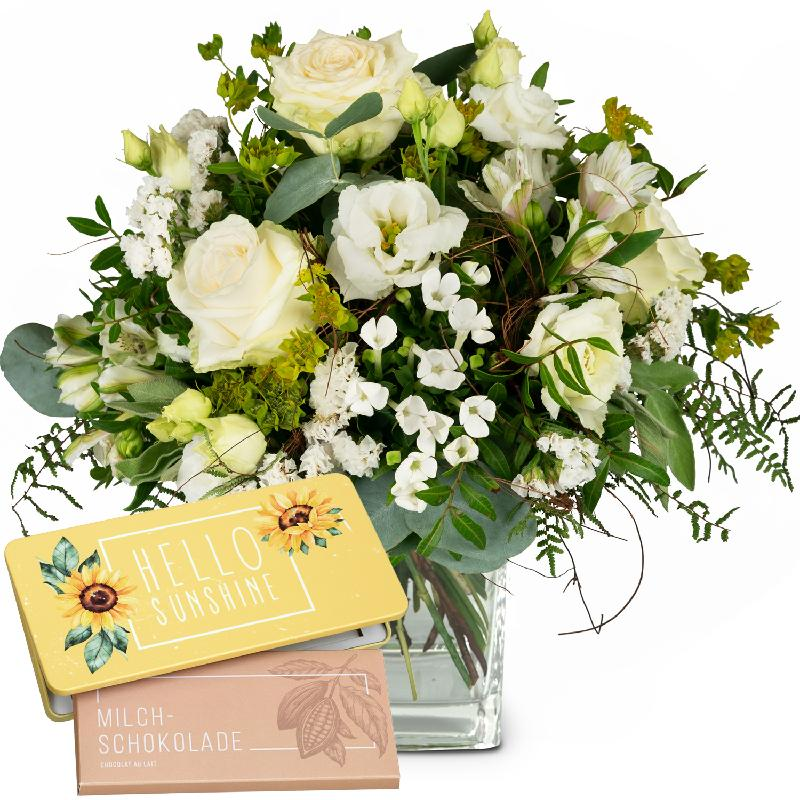 Bouquet de fleurs Natural Magic of Blossoms with bar of chocolate «Hello Sunsh