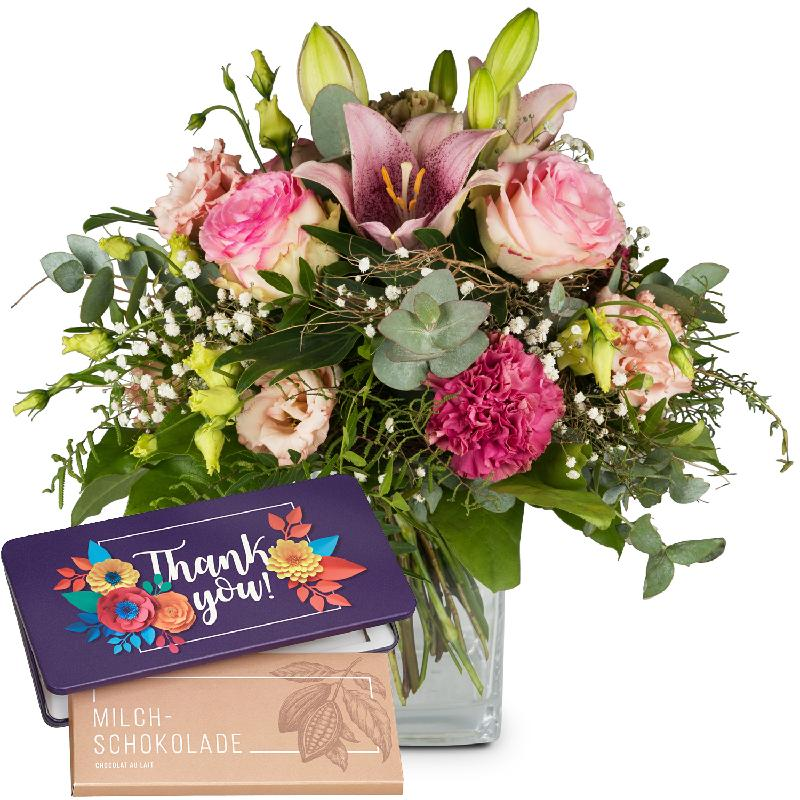 Bouquet de fleurs Lily Magic with bar of chocolate «Thank you»