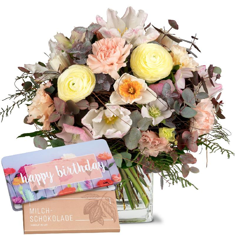Bouquet de fleurs Lovely Pastel with bar of chocolate «Happy Birthday»