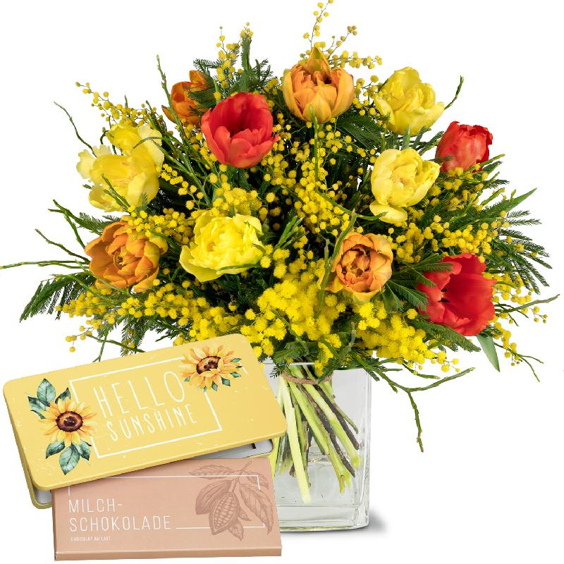 Bouquet de fleurs Spring Sunray with bar of chocolate «Hello Sunshine»