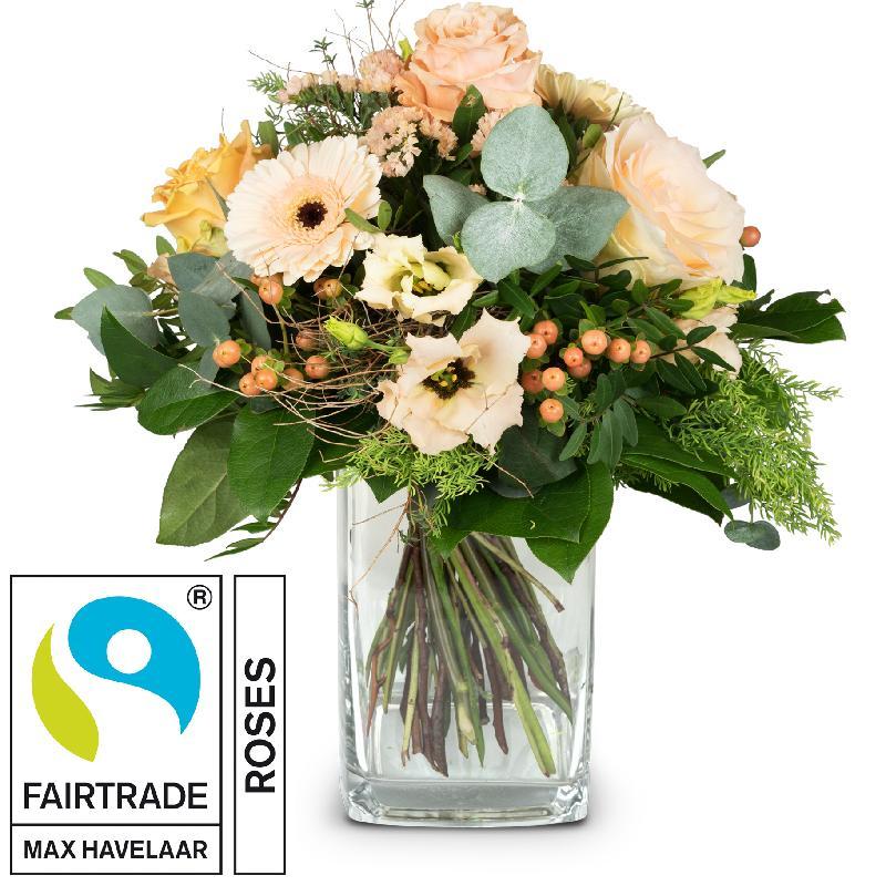 Bouquet de fleurs Delicate Seasonal Bouquet with Fairtrade Max Havelaar-Roses