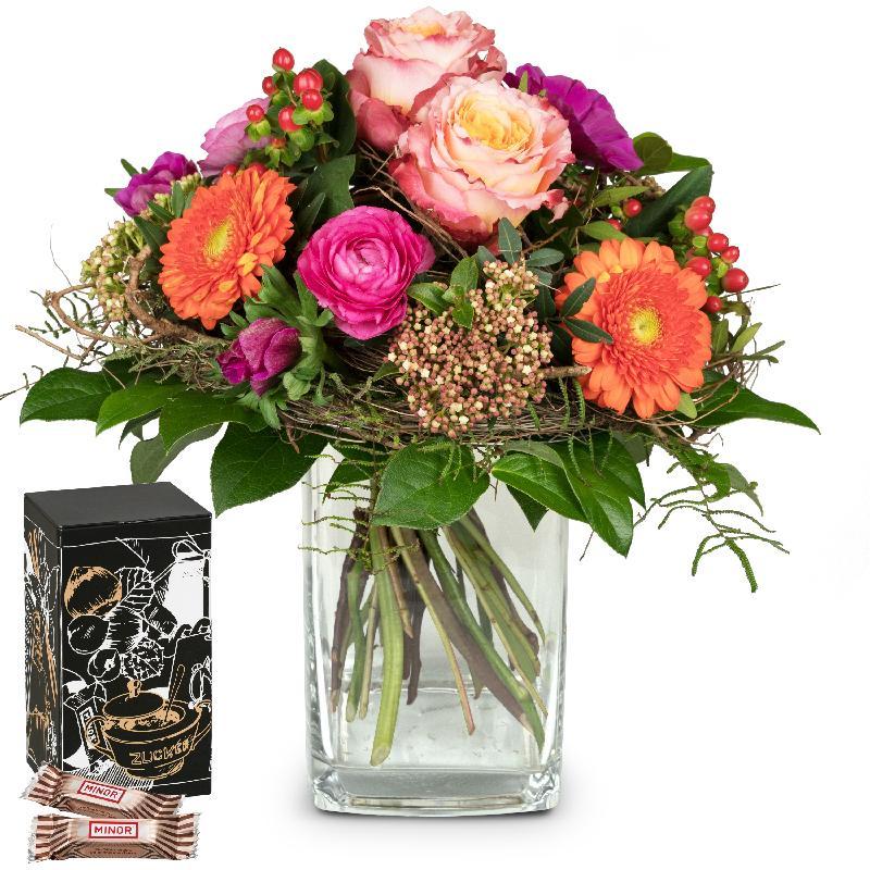 Bouquet de fleurs February Bouquet of the Month with Minor Split in trendy gif