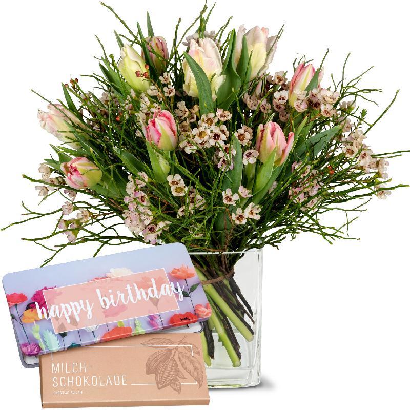 Bouquet de fleurs Delicate spring composition with bar of chocolate «Happy Bir
