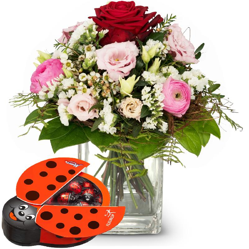 Bouquet de fleurs Thinking of You ... with chocolate ladybird