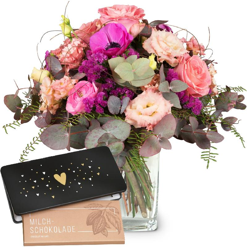 Bouquet de fleurs Simply Lovely with bar of chocolate «Heart»