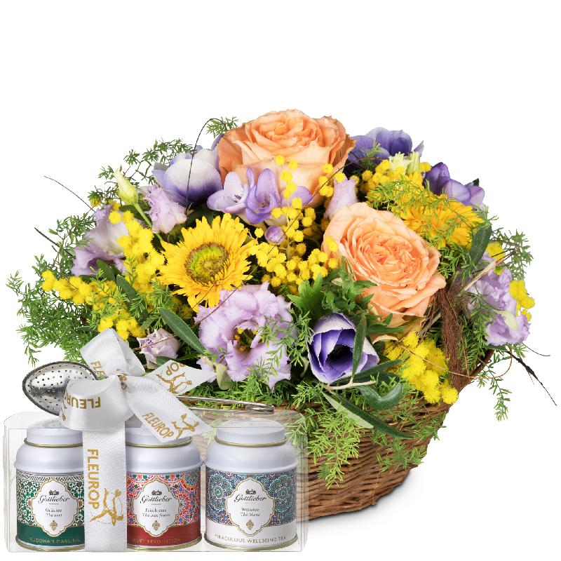 Bouquet de fleurs Gift of Spring with Gottlieber tea gift set