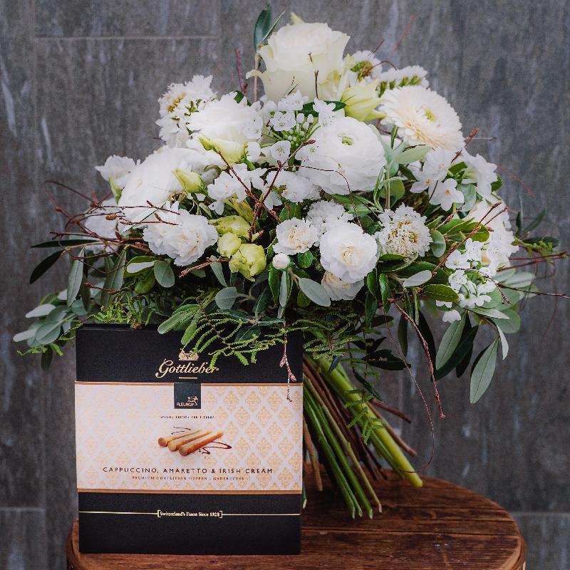 Bouquet de fleurs «Natural Beauty» created by a Master with Gottlieber Hüppen