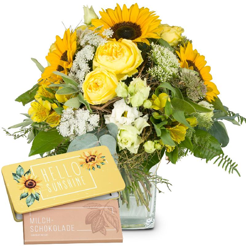 Bouquet de fleurs Summerdream with bar of chocolate «Hello Sunshine»