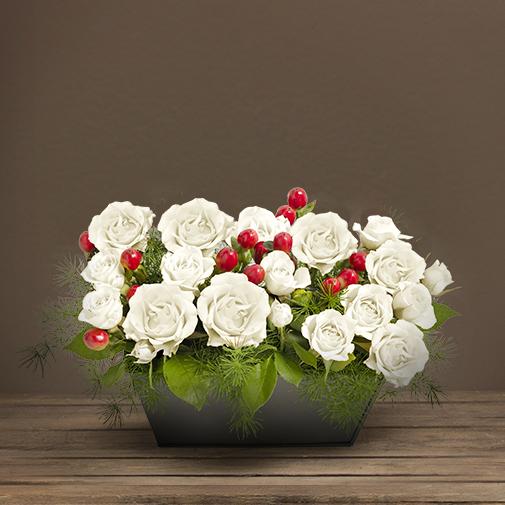 Fleurs deuil Composition blanche avec des roses