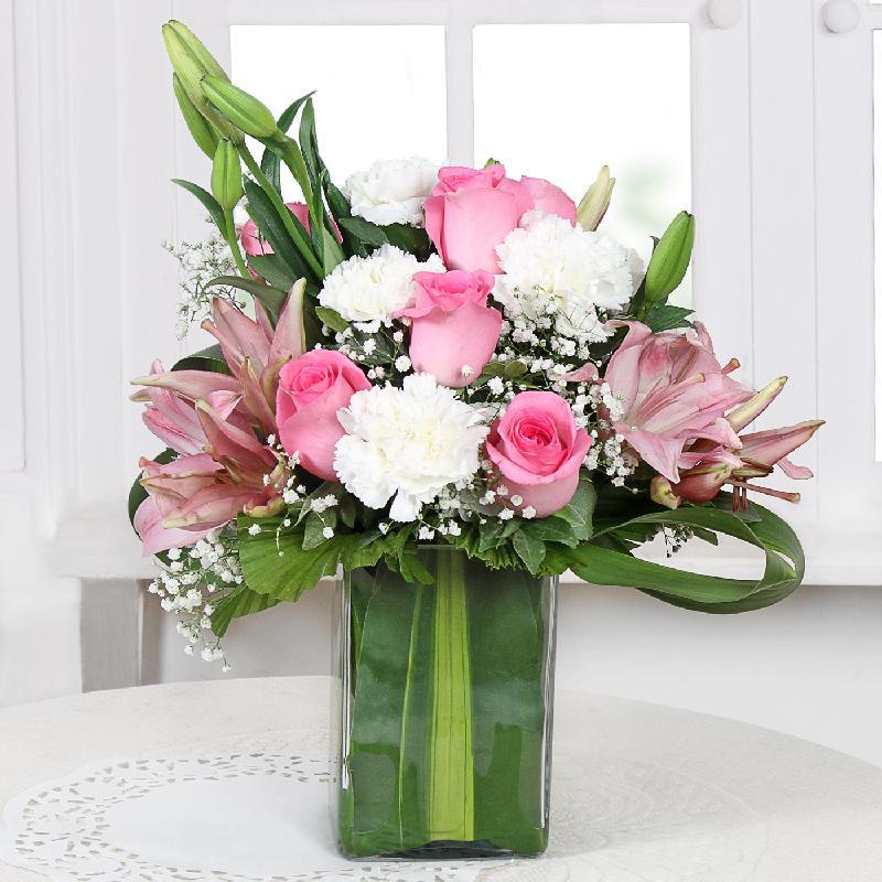 Bouquet de fleurs Assorted Fresh Flowers in a Vase