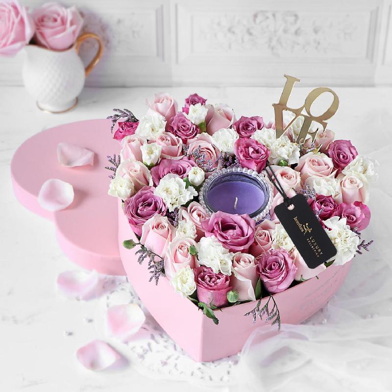 Bouquet de fleurs Heart of Fragrance Flower Box