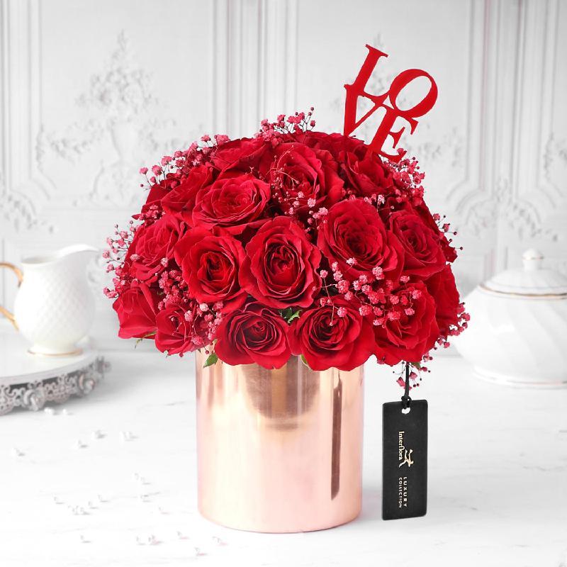 Bouquet de fleurs Reckless Love Red Rose Arrangement