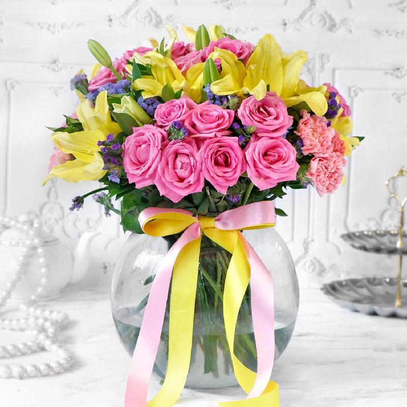 Bouquet de fleurs Mix Flowers in Globe Vase