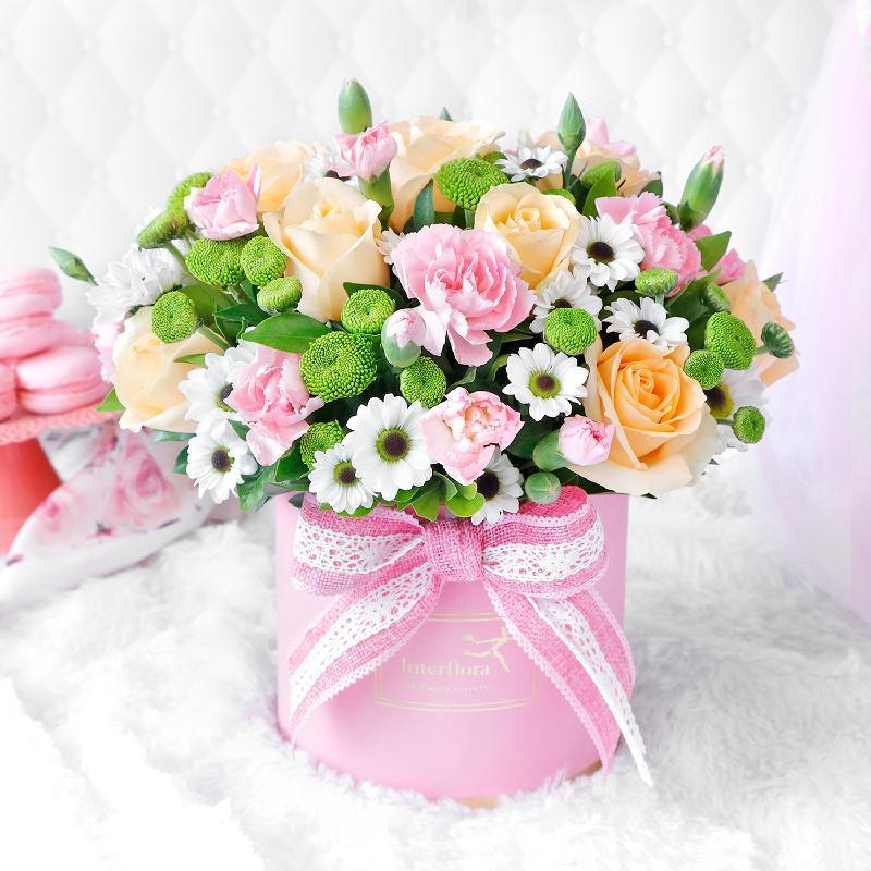 Bouquet de fleurs Eternal Charm Arrangement