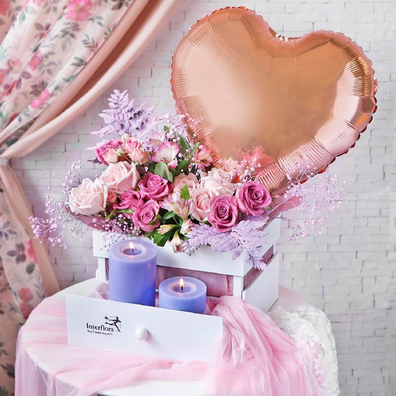 Bouquet de fleurs A Floral Fragrant Ode