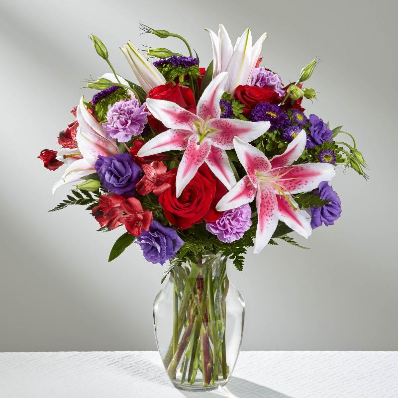 Bouquet de fleurs The Stunning Beauty Bouquet by FTD - VASE INCLUDED