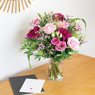 Bouquet de fleurs Bois de rose et son vase offert Anniversaire
