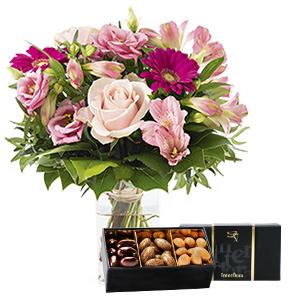 Fleurs et cadeaux La vie en rose et son écrin d'amandes au chocolat Anniversaire